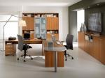 Проектиране на обзавеждане за работни кабинети за офис