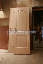 дървена интериорна врата по поръчка