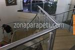 изработка на парапети за стълбища от инокс и стъкло
