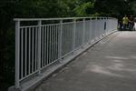 метален парапет за мост