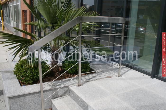 алуминиеви парапети с квадратен профил