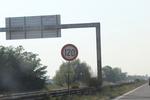изработване на забранителни пътни знаци