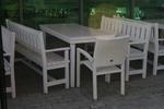 изработка на битова маса с 2 пейки и стол за заведение