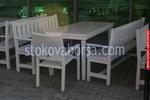 изработка на битова маса с 2 пейки и стол от масив