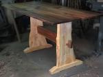 дървени маси за механа по поръчка