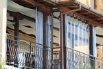 изработка по поръчка на ветроупорни завеси за заведения