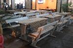 изработка на битова маса с две дървени пейки по поръчка