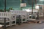 обзавеждане на механи и кръчми с дървени пейки с маса