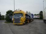 Превоз на стоки и товари с товарен автомобил Scania по поръчка