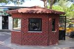 Зидани охранителни павилиони за КПП