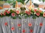 луксозна сватбена декорация с естествени цветя