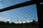 метални мрежи за ограждане на спортно игрище по поръчка