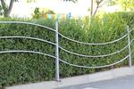 здрави ниски метални огради