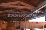 изработка на дървен навес за заведение
