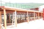 дървени навеси за спортни съоръжения