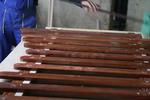 дървени огради с безцветен лак