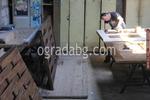 дървени огради от дървени пана с безцветен лак