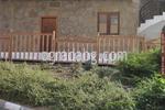изработка на ниски дървени огради по поръчка