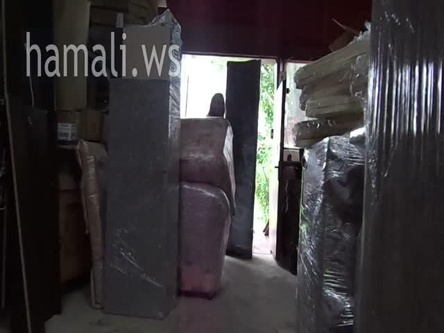 премествания на мебели с опаковане и съхранение по поръчка