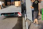 хамалски услуги по качване и сваляне на мебели и обзавеждане с камион