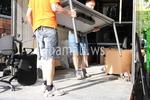 товарене и разтоварване на товари в камион