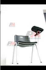 посетителски офис стол с масичка за управители